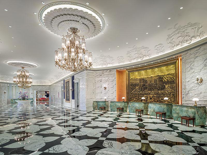 Grand Lisboa Palace Macau Lobby